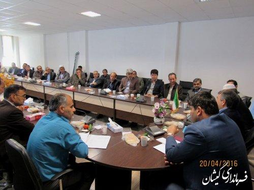 جلسه آموزشی نمایندگان فرماندار و بخشدار شعبات اخذ رای گمیشان برگزار شد