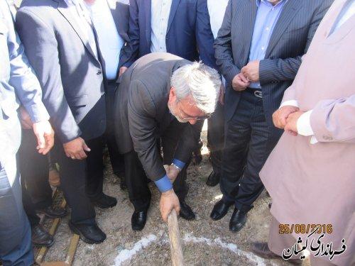 مراسم کلنگ زنی ساخت المان شهدای گمنام گمیشان با حضور وزیر کشور برگزار شد