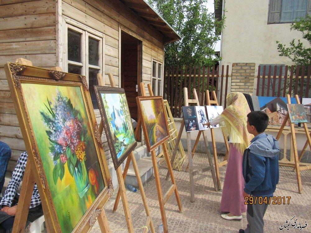 برگزاری نمایشگاه نقاشی در حاشیه مراسم