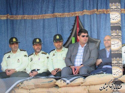 فرماندار گمیشان در مراسم رژه نیروهای مسلح غرب استان حضور یافت