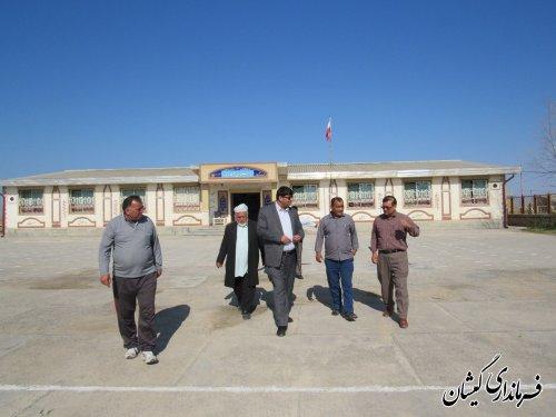 بازدید فرماندار گمیشان از دبستان چهار یار و کتابخانه روستای قلعه جیق بزرگ