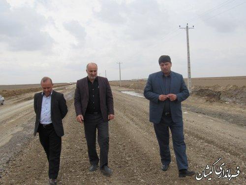 بازدید فرماندار گمیشان از عملیات زیرسازی و بیس محور سیمین شهر به سقر تپه