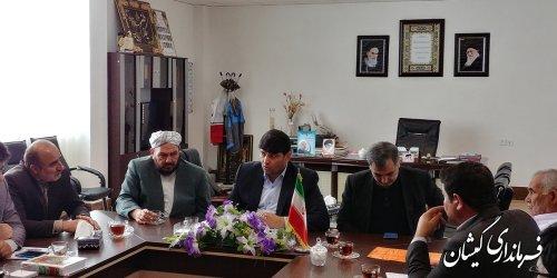 جلسه رسیدگی به وضعیت مدرسه شهید احمد مختوم روستای خواجه نفس برگزار شد