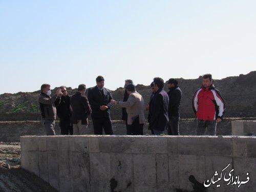 بازدید فرماندار گمیشان از پروژه زهکشی اراضی شمال شهرستان