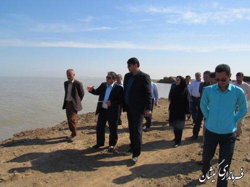 بازدید از محل پیشنهادی اجرای تولید همزمان آب و برق در شهرستان