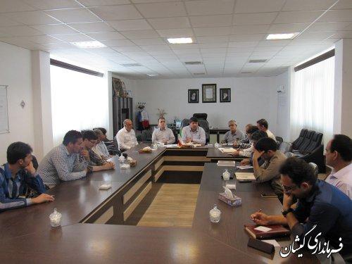 نشست جمعی از فعالین سیاسی با فرماندار گمیشان