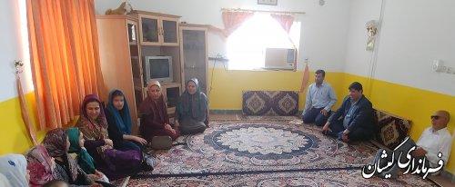 دیدار فرماندار گمیشان با دختران موسسه خیریه حضرت زینب کبری (س) سیمن شهر