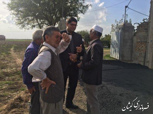 بازدید فرماندار گمیشان از اجرای آسفالت روستای آرخ بزرگ