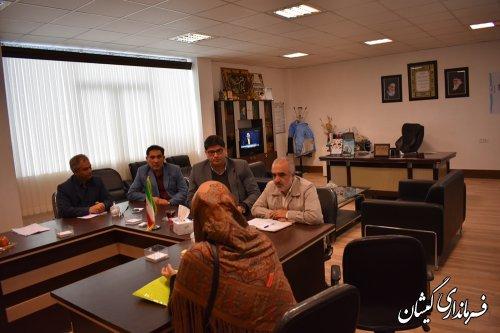 دیدار بدون واسطه مردم با مسئولین از برکات انقلاب اسلامی در کشور است