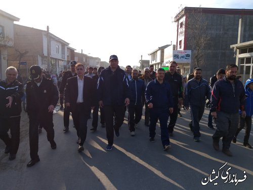 همایش بزرگ پیاده روی خانوادگی در سیمین شهر برگزار شد