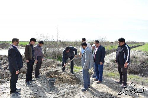 عملیات اجرایی بوستان محلی یک هکتاری گمیش تپه آغاز شد