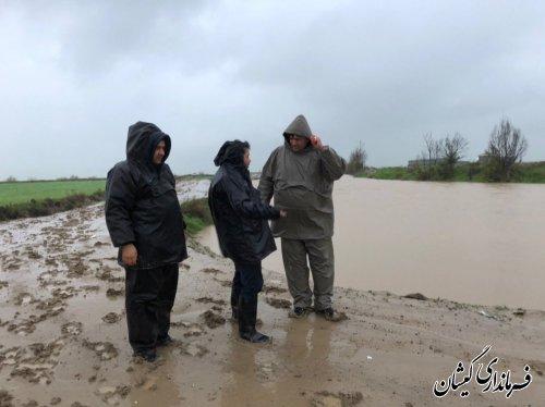 بازدید فرماندار گمیشان از مناطق آبگرفته شهرستان در پی بارش های اخیر