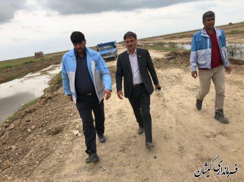بازدید فرماندارگمیشان عملیات اجرایی مرمت مسیر سیمین شهر به آلتین