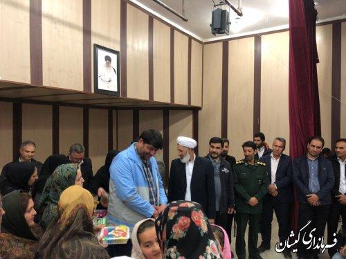 مراسم کاروان بهارمهربانی درکتابخانه عمومی مرکزشهرستان برگزار شد