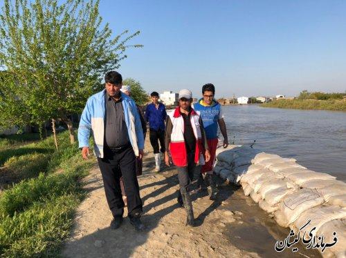 چندین پمپ در نقاط مختلف روستاها درحال تخلیه آب به گرگانرود هستند