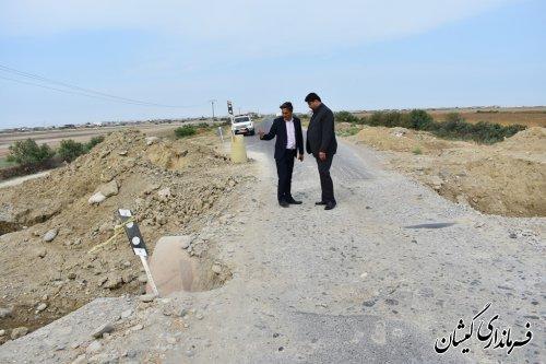 بازدید فرماندار گمیشان از جاده های ارتباطی بریده شده در سیل اخیر