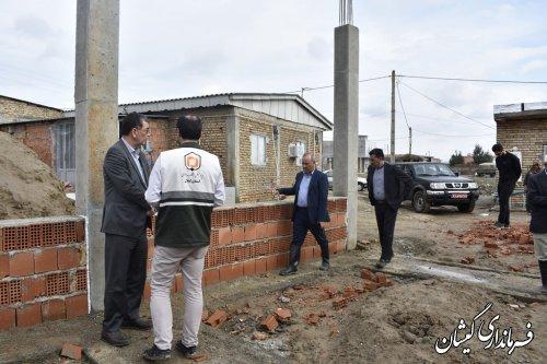 بازدید فرماندار گمیشان از روند ساخت و ساز واحدهای مسکونی  سیل زده آرخ بزرگ