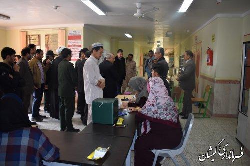 معاون اجرای احکام دادگستری استان از حوزه فرعی گلدشت بازدید کرد