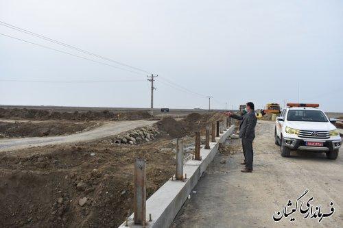 احداث پل ها وآب گذرهای لوله ای درمحورهای مواصلاتی شهرستان گمیشان