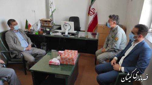دیدار فرماندار گمیشان با رئیس و کارکنان حفاظت محیط زیست شهرستان